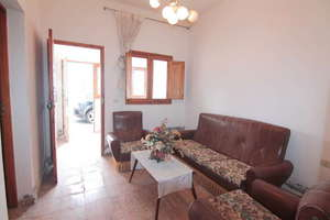 House for sale in Maneje, Arrecife, Lanzarote.