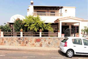 Villa Luxury for sale in San Bartolomé, Lanzarote.