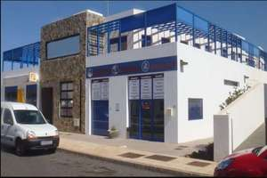 Commercial premise for sale in Playa Blanca, Yaiza, Lanzarote.