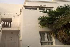 复式 出售 进入 Costa Teguise, Lanzarote.