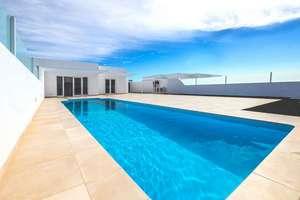 Villa Luxus zu verkaufen in Playa Blanca, Yaiza, Lanzarote.