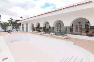 Villa Luxury for sale in Costa Teguise, Lanzarote.