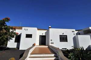 Villa for sale in Guatiza, Teguise, Lanzarote.