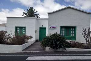 House for sale in Haría, Lanzarote.