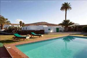 Hotel for sale in Playa Blanca, Yaiza, Lanzarote.