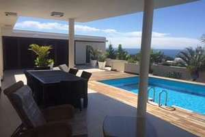 Villa Luxury for sale in Puerto Calero, Yaiza, Lanzarote.