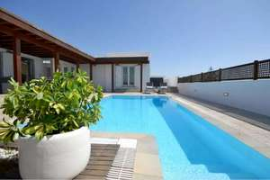 Chalet Luxury for sale in El Cable, Arrecife, Lanzarote.