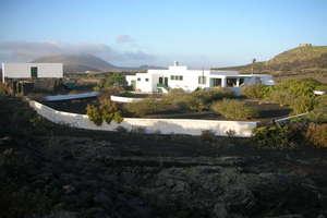Hotel for sale in Masdache, Tías, Lanzarote.