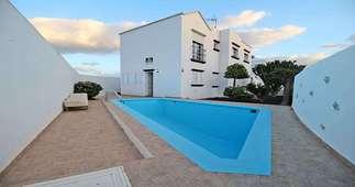 House for sale in Tías, Lanzarote.