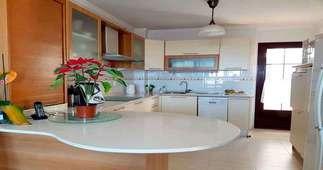 Casa a due piani vendita in Costa Teguise, Lanzarote.