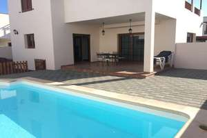 Chalet Luxury for sale in Costa Teguise, Lanzarote.