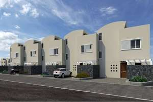 Cluster house for sale in Costa Teguise, Lanzarote.