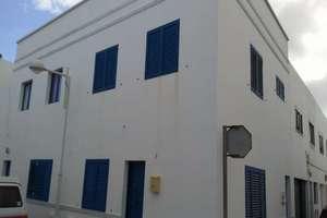 Duplex for sale in Famara, Teguise, Lanzarote.