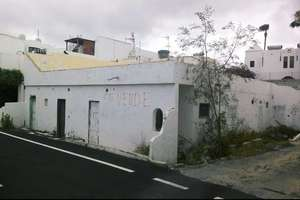 Urban plot for sale in Puerto del Carmen, Tías, Lanzarote.