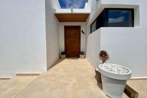House for sale in Candelaria, Tías, Lanzarote.
