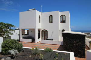 Villa Luxury for sale in Tinajo, Lanzarote.