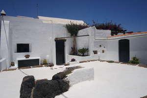 Villa Luxus zu verkaufen in Güime, San Bartolomé, Lanzarote.