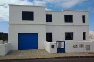 别墅 出售 进入 La Santa, Tinajo, Lanzarote.