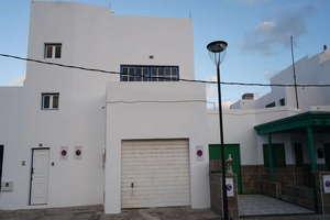Villa for sale in Orzola, Haría, Lanzarote.