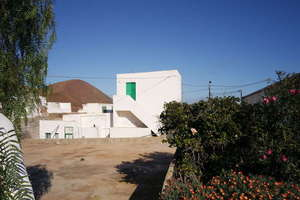 Villa for sale in Guatiza, Teguise, Lanzarote.