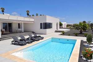 Villa for sale in Mácher, Tías, Lanzarote.