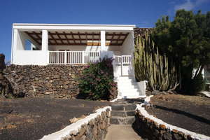 Villa Luxury for sale in Conil, Tías, Lanzarote.