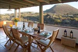 Villa en Ye, Haría, Lanzarote.