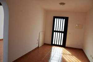 Апартаменты Продажа в Playa Honda, San Bartolomé, Lanzarote.