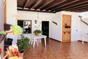 Semidetached house for sale in Playa Honda, San Bartolomé, Lanzarote.