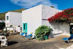 Country house for sale in Máguez, Haría, Lanzarote.