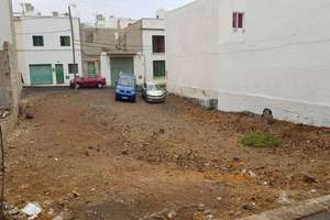 Urban plot for sale in Argana Alta, Arrecife, Lanzarote.