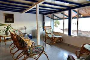 Chalet for sale in Arrieta, Haría, Lanzarote.