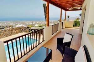 Chalet Luxury for sale in La Asomada, Tías, Lanzarote.