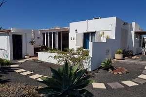 别墅 出售 进入 Playa Blanca, Yaiza, Lanzarote.