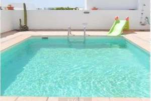 Chalet for sale in La Concha, Arrecife, Lanzarote.