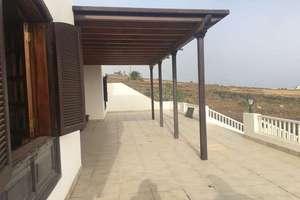 Villa for sale in Mácher, Tías, Lanzarote.