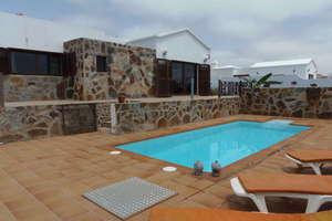 Villa for sale in La Vegueta, Tinajo, Lanzarote.