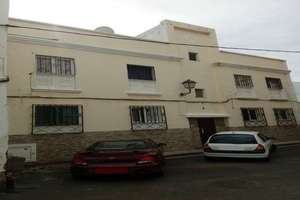 Building for sale in Arrecife, Lanzarote.