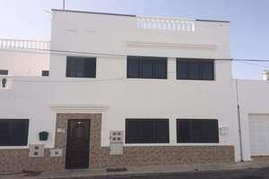 Apartment for sale in San Bartolomé, Lanzarote.