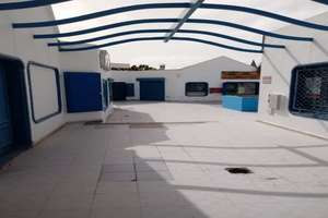 Commercial premise for sale in Costa Teguise, Lanzarote.