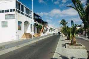 Commercial premise for sale in Playa Honda, San Bartolomé, Lanzarote.
