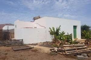 Plot for sale in Argana Alta, Arrecife, Lanzarote.