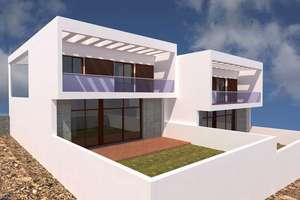 Duplex for sale in San Bartolomé, Lanzarote.