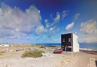 Plot for sale in Famara, Teguise, Lanzarote.